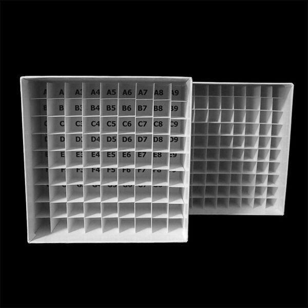 Cardboardboks 9x9 grid